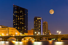 RCS-2013-06-23-Michigan-Grand-Rapids-Super-Moon-3-13-06-23_5D_6755-E-894a3.jpg