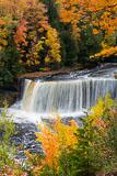 RCS-2012-10-05-Michigan-Upper-Peninsula-Upper-Tahquamenon-Falls-12-10-05_5D_2697.jpg