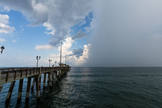 RCS-2014-09-03-North-Carolina-Outer-Banks-Jennette-Pier_5D_18000.jpg